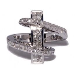 Anillos de oro blanco con 42 diamantes