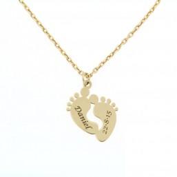 Colgante pies de bebé y cadena en oro de primera ley