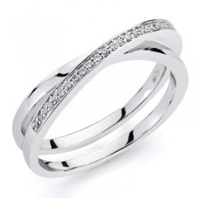 Anillo de oro blanco con 32 diamantes talla brillante