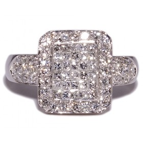 White gold ring with 74 diamonds