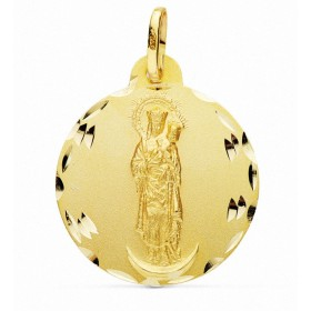 Medalla de la Virgen de la Almudena de oro de 18 quilates