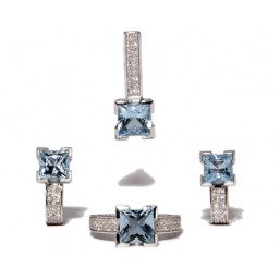 Earrings in white gold and blue topaz