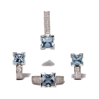 White gold and blue topazes jewelry set